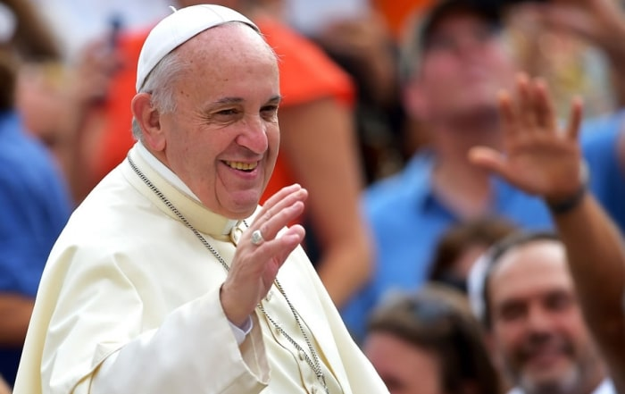 Pope-Francis-General-Audience-9-02-15-compressed